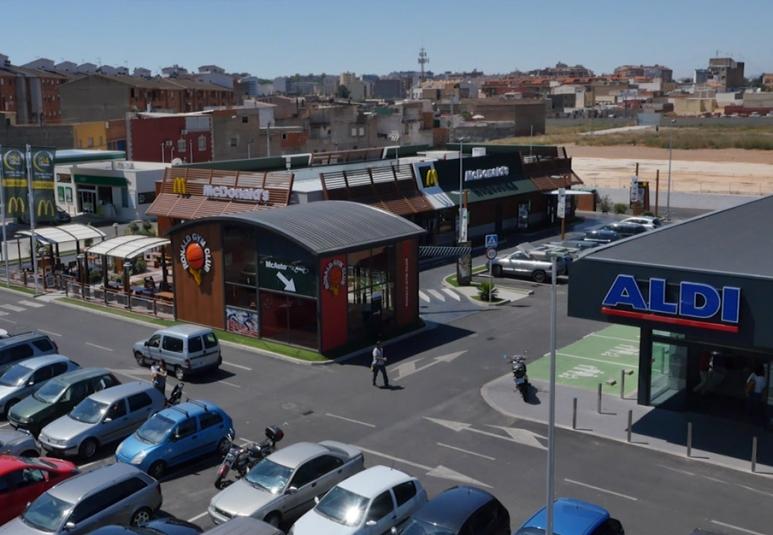 Gasolinera BP, Mc Donalds, Aldi, Castellón